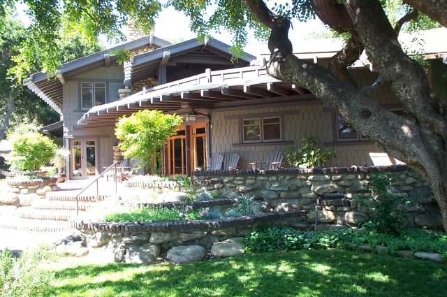 Charles M Pratt House